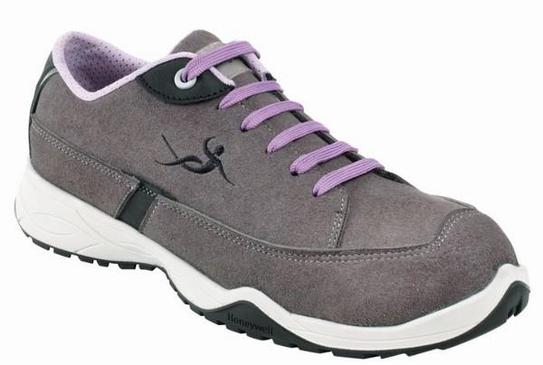 Les chaussures Cocoon sont livrées avec deux paires de lacets : noir et lavande. © Honeywell
