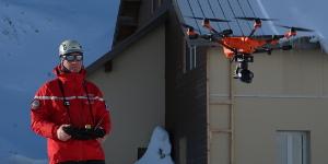 Le drone H520 contribue à la formation des sapeurs-pompiers de l'Ecole d'application de sécurité civile de Valabre (EcASC). © Yuneec