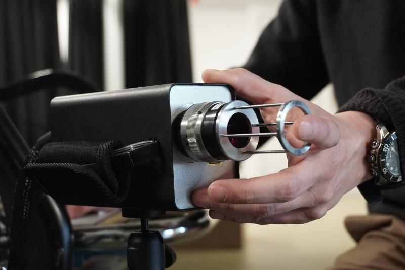 Le projet BioDigital a développé un capteur tri-dimensionnel identifiant des données plus fines que l'empreinte externe du doigt. © Telecom SudParis