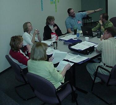 La CSSCT peut intégrer des experts en SST. © CC