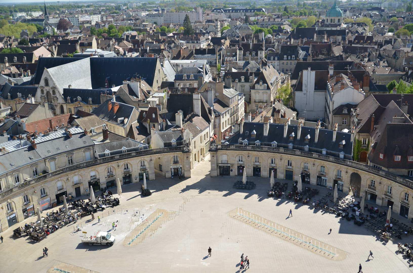 OnDijon fait de la capitale bourguignonne la Smart City la plus avancée de France. CC Toutaitanous