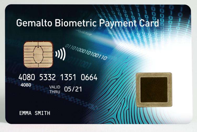 La carte bancaire biométrique permettra de sécuriser les paiements sans contact. © Gemalto