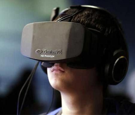Les casques de réalité virtuelle devraient se multiplier pour offrir de nouveaux usages. © Facebook