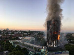 Incendie de la tour Grenfell de Londres survenu le 14 juin 2017.