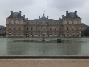 Vue du palais du Luxembourg.