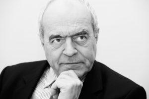 alain-juillet-ancien-haut-responsable-charge-de-l-intelligence-economique