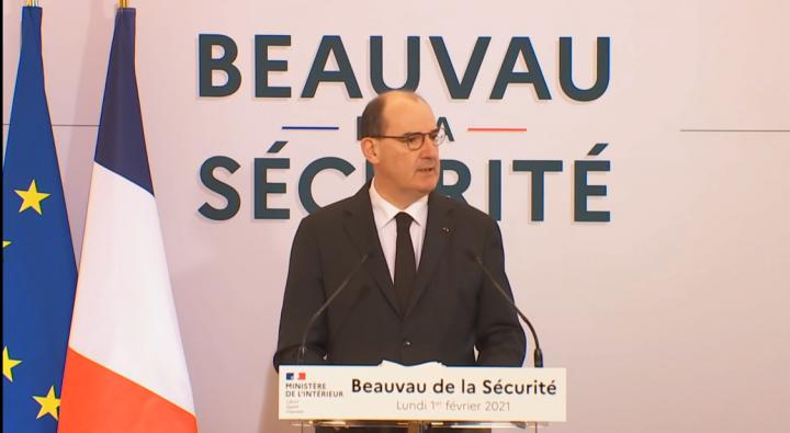 Le-Premier-ministre-a-donne-le-coup-d-envoi-au-Beauvau-de-la-securite