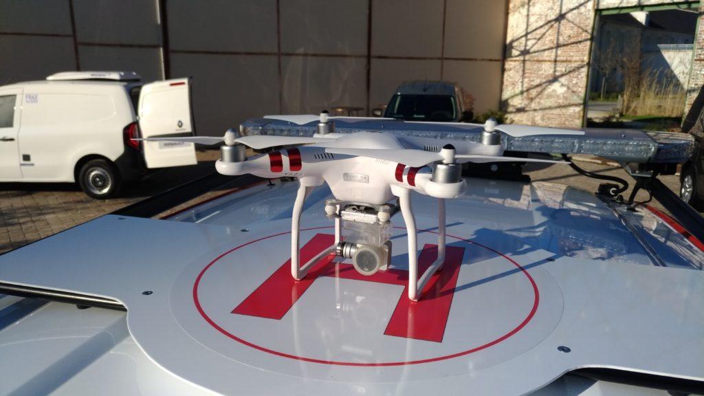 sur-le-toit-ce-repere-visuel-facilite-le-decollage-et-l-atterrissage-du-drone.