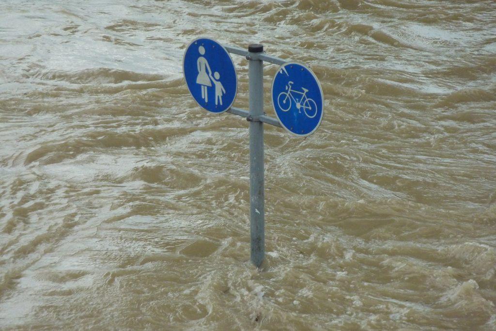 apic-et-vigicrues-flash-surveillent-les-crues-et-les-inondations-en-temps-reel
