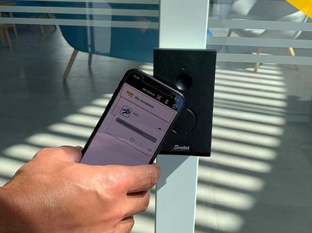le-badge-virtuel-est-embarque-dans-le-smartphone